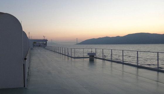 blog14.11.15akashibridge.jpg